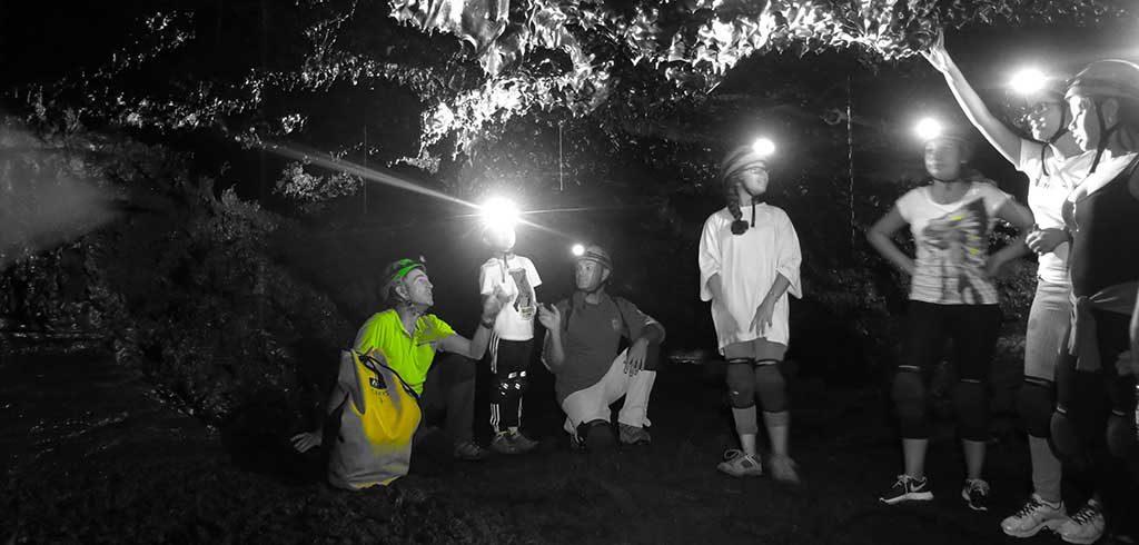visite du tunnel de lave de la coulée de 2004