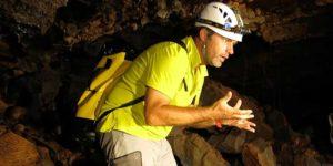 guide randonnée et tunnel de lave ile de la réunion